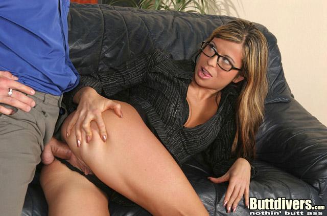 Провинилась перед учительницей порно